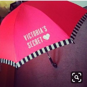 VICTORIA'S SECRET *nwot* Pink Curved Hand Umbrella